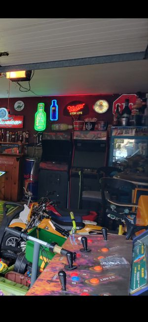 2 player arcade over 800 games Ninja Turtles , double dragon , street fighter ext ext for Sale in Shelton, CT