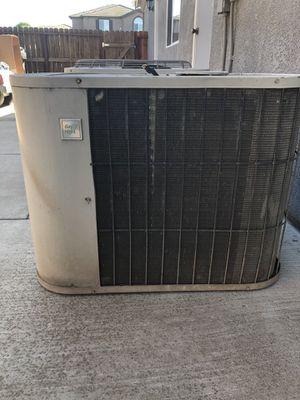 AC Condenser Unit R22. for Sale in Manteca, CA