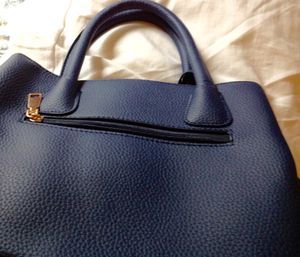 """Medium Blue purse, durable Fashion Leather, W 12"""" by H 8"""", new. for Sale in Bartlett, IL"""