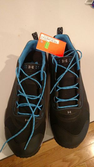 Brand new men's 11 under armour hiking for Sale in Buckley, WA