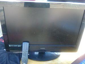 """32"""" Vizio flat screen w/remote for Sale in Las Vegas, NV"""