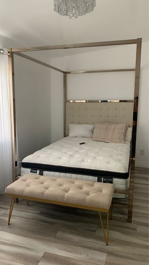 Bed frame rose gold for Sale in Los Angeles, CA
