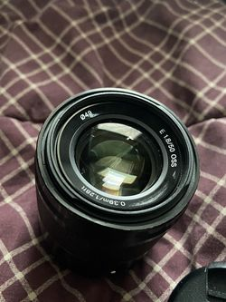 Sony SEL50F18 50mm f/1.8 Lens for Sony E for Sale in Rochester,  NY