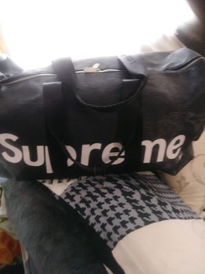 Large Luggage Supreme for Sale in Baltimore, MD