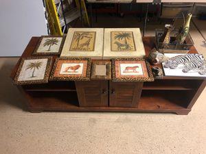 Safari Room Decor for Sale in Syracuse, UT