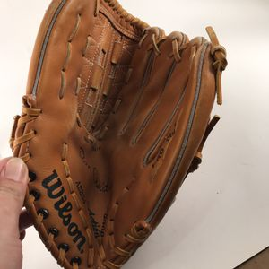 Wilson A2234 Ron Guidry Pro Style Baseball Glove for Sale in Anchorage, AK