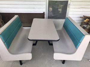 Retro restaurant style table for Sale in Johnson City, TN