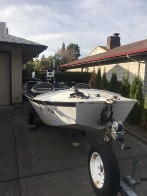 13.5' wood boat with 1998 Johnson 28 Jet motor for Sale in Milwaukie, OR