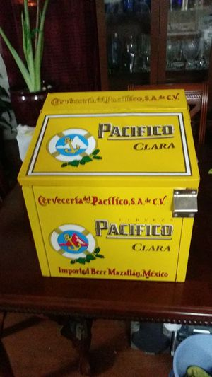 Pacifico Clara ice cooler (metal) Very cool! for Sale in Dallas, TX