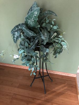 Wrought Iron Planter with fake plant for Sale in Bloomingdale, IL