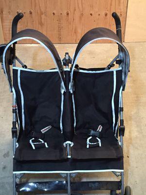 Double Lightweight Umbrella Stroller - Delta for Sale in Marina del Rey, CA