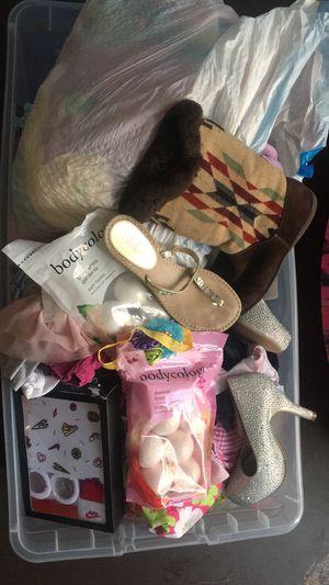 Baby girl clothes newborn-12months for Sale in Gatesville, TX