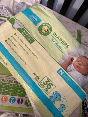 Newborn Diapers pañales para bebé for Sale in Houston, TX