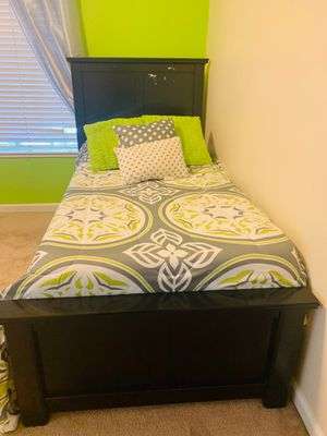 Twin size bed set for Sale in Union City, CA