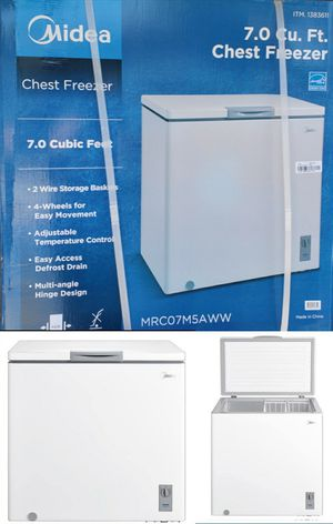 New 7.0 Cubic Feet Chest Freezer for Sale in Pomona, CA