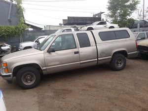 1998 Chevrolet 1500 truck for parts only for Sale in El Cajon, CA