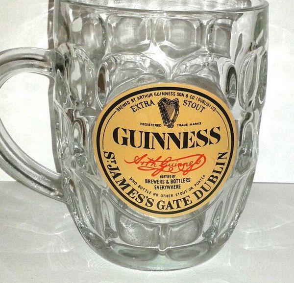 GUINNESS St. James Gate Glass Pint Mug