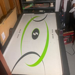 Air Hockey Table for Sale in Middletown, NJ