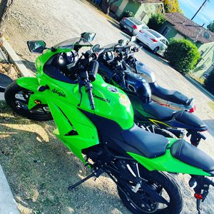 Anybody Looking For A 250r for Sale in Hemet, CA