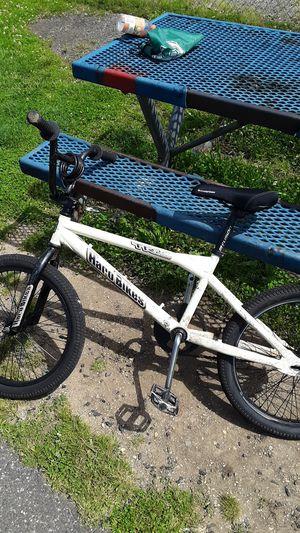 Haro bike with new schwinn seat for Sale in Pennsauken Township, NJ