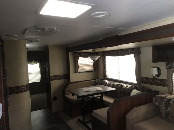 2013 Lacrosse by Forest River camper 35.8 foot luxury lite
