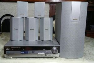Home theater Panasonic. 5 dvd for Sale in Chicago, IL