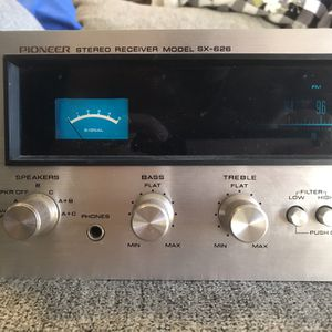 Vintage Pioneer SX-626 Stereo Receiver Looks and Works Great!! for Sale in Avondale, AZ