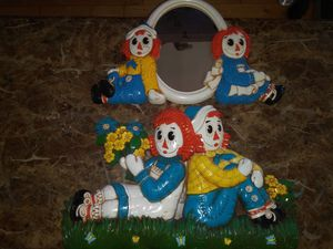 2 Vintage 1977 Bobbs Merrill Co. Syroco raggedy Ann and Andy Collectible wall plaques for Sale in Redondo Beach, CA