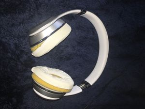 Solo 3s, Beats for Sale in Valley View, OH