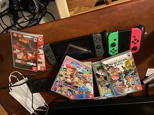 Ninitendo switch. 4 joy cons 6+ games for Sale in Gaithersburg, MD