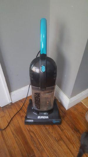 Eureka the boss vacuum for Sale in Columbus, OH