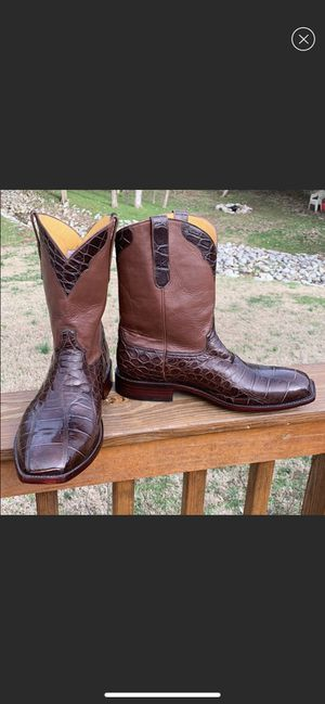 Handmade alligator belly boots. 10 1/2, brown for Sale in Mt. Juliet, TN