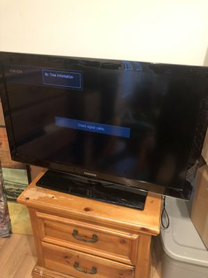 Samsung 40 inch tv for Sale in Frederick, MD