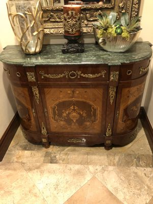 Gorgeous console table for Sale in El Cajon, CA