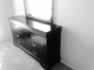 New Black Dresser W/ Mirror for Sale in Washington, DC