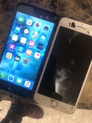 iPhone 7plus brand new with iPhone 7plus cracked and need a new screen for Sale in Washington, DC