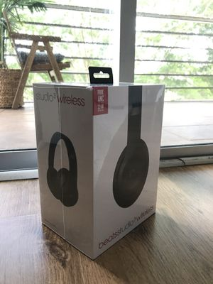 SEALED - Beats By Dr. Dre STUDIO3 Wireless Bluetooth - NEW Studio 3 SEALED - NEVER OPENED for Sale in Fort Lauderdale, FL