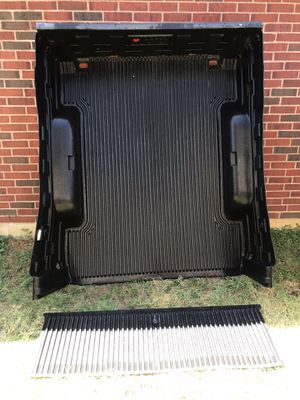 Ram 1500/2500 6' Bed Liner for Sale in Fort Worth, TX