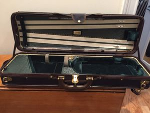 Gorgeous Musafia Violin Case (full size 4/4) for Sale in New York, NY