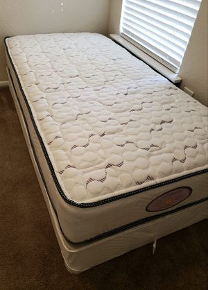 NEW TWIN MATTRESS AND BOX SPRING SET 2PC. for Sale in Palm Springs, FL