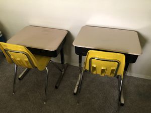 Two kids metal desk and chair for Sale in Ballwin, MO