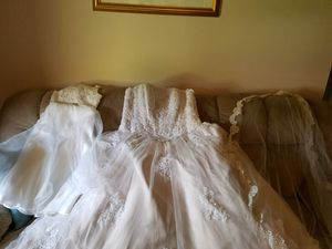 TRIO: wedding dress, veil, and flower girl dress. for Sale in Fort Myers, FL