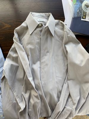 Men's gray dress shirts - large and xl, like new, Van Heusen and Nordstrom for Sale in San Diego, CA