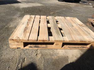Paletas usadas buenas condiciones for Sale in Sanger, CA