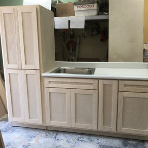 Kitchen Cabinets for Sale in Long Beach, CA