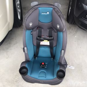 Free Baby Stuff (Kid Stroller & Car Seat) for Sale in Humble, TX
