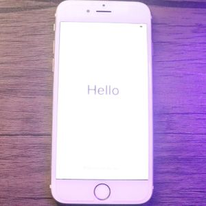 IPhone 6s Gold 64 Gbs for Sale in Silver Spring, MD
