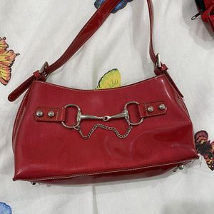 Small red shoulder bag for Sale in Los Angeles, CA