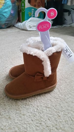 Size 8 Girls Toddler Boots for Sale in Aurora, CO