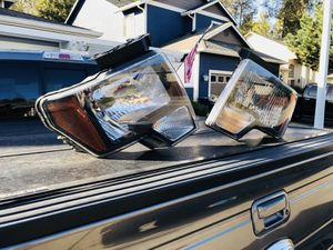 Ford F-150 F150 FX4 Headlight Assembly Pair for Sale in Lynnwood, WA